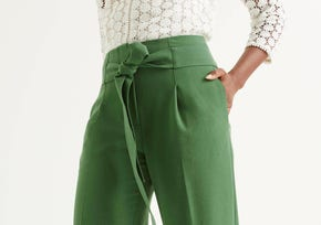 Women's Trouser Fit Guide